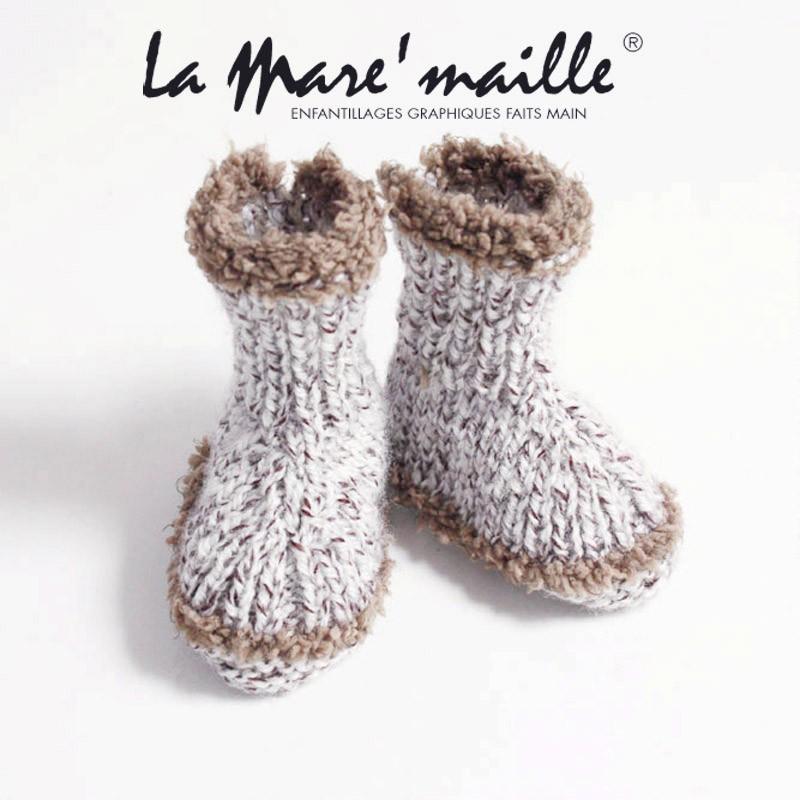nouvelle collection 3a49e 13cc3 Chaussons bébé tricot en laine marron faits main en France 0 à 9 mois