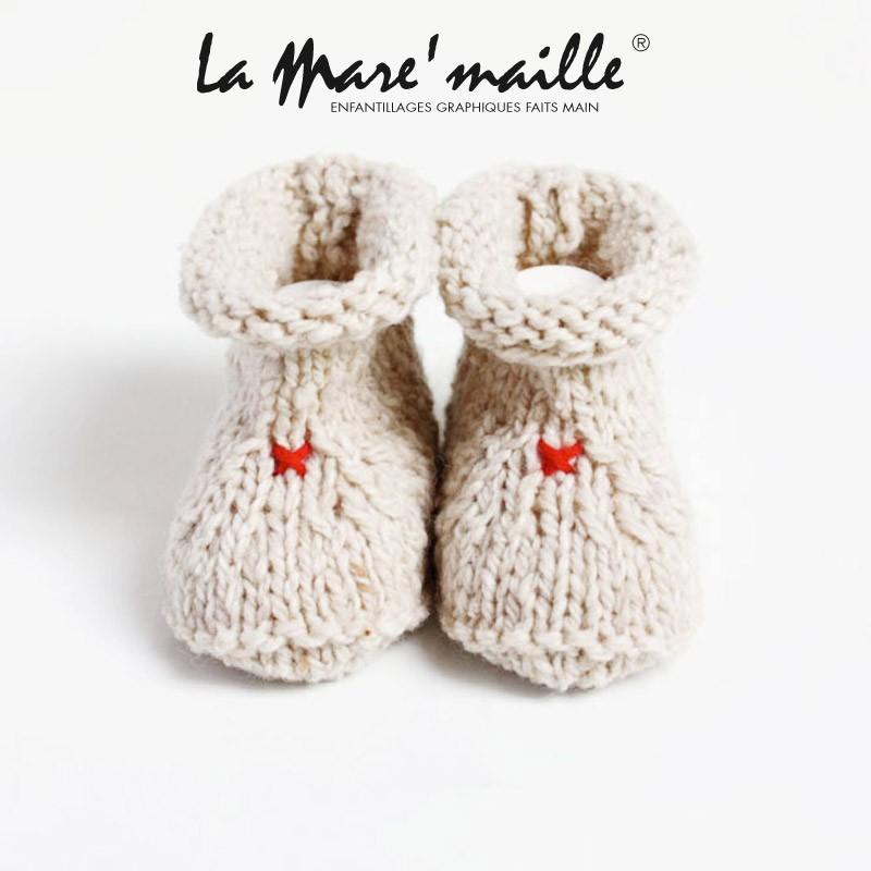 bas prix 9aaa6 12e6b Chaussons bébé mixte en laine épaisse beige tricotés main en France
