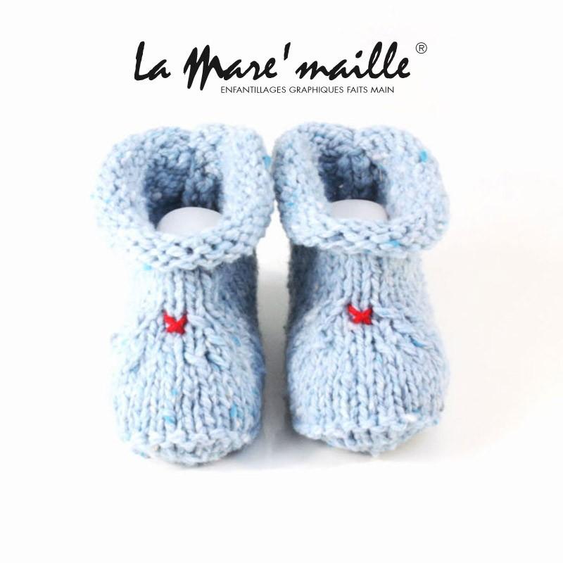 4292ad96a2477 Chaussons bébé garçon laine épaisse bleu ciel tricot main en France