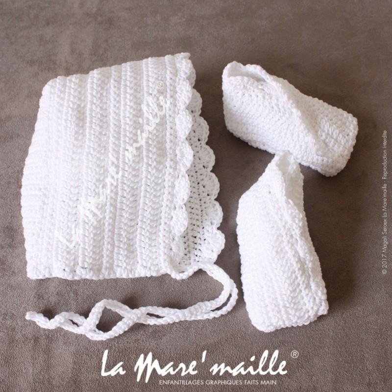 Chaussons et bonnet béguin bébé crochet coton blanc Présentation Sachet  plastique Chaussons Taille 0-3 mois Bonnet Taille 0-6 mois eda4dec0225