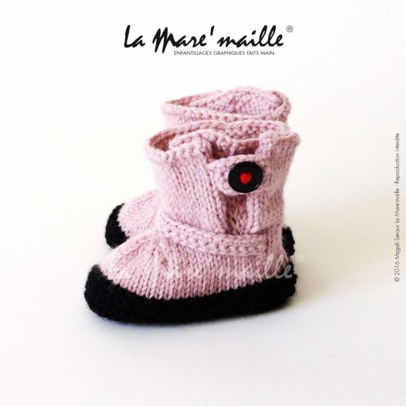 emballage élégant et robuste grand choix de 2019 Pré-commander Chaussons bébé laine rose style bottes de motard